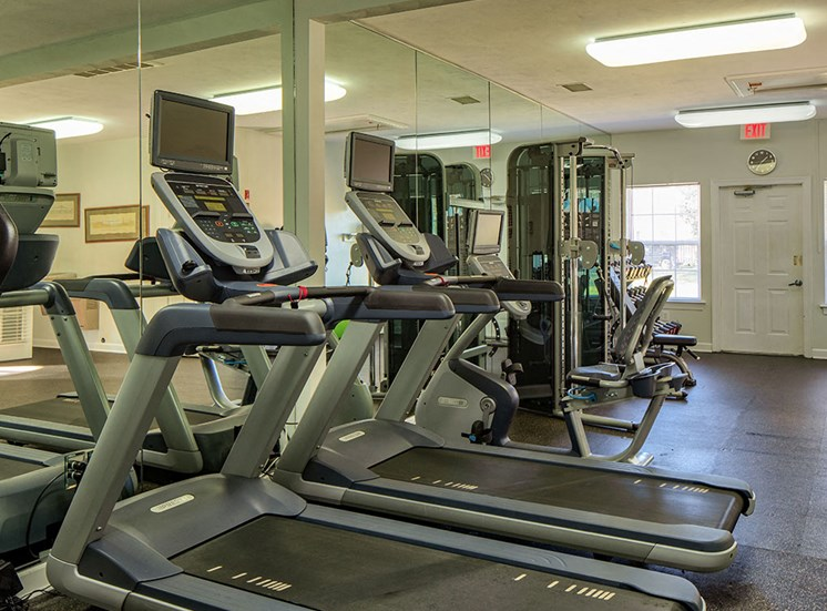 Fitness_Center_Magnolia_Chase_Apartments