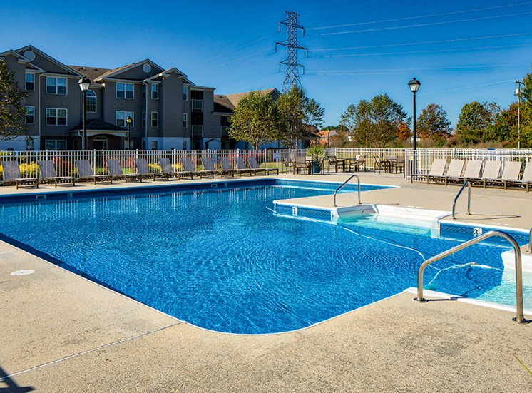Pool_Magnolia_Chase_Apartments 03_