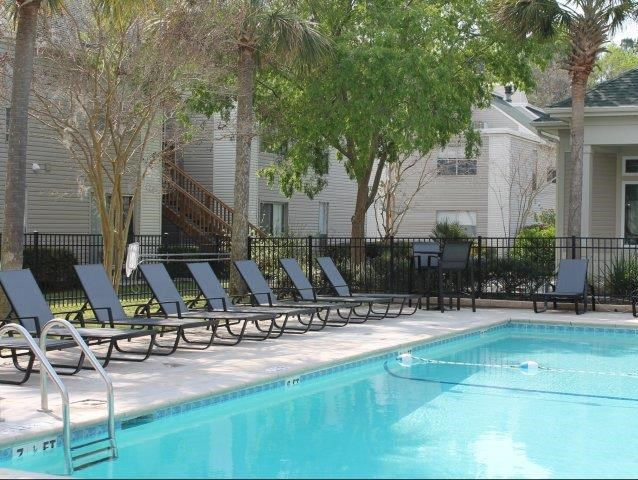 Pool at Windjammer Apartments 14
