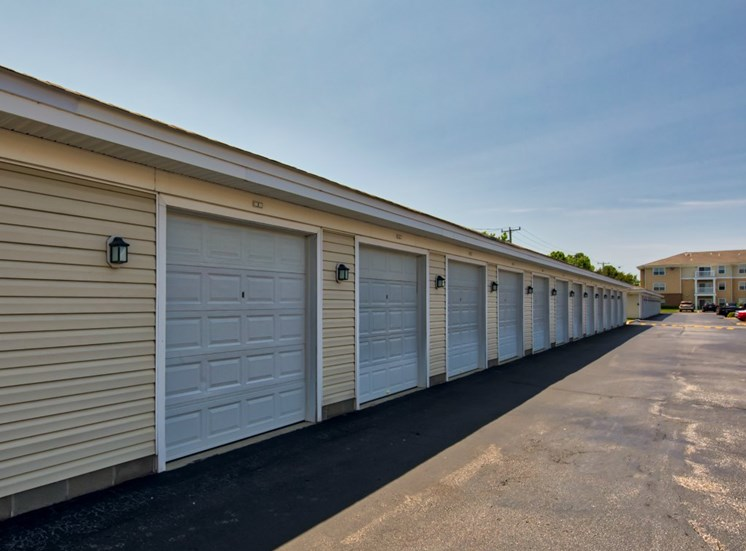 Garages available at Virginia Beach Apartments
