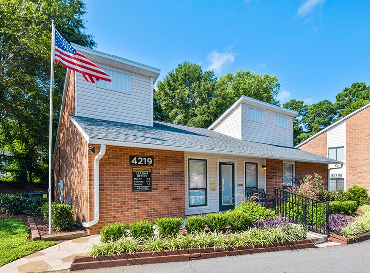 Exterior of Green-Meadows-Apartements-Raleigh-NC-Clubhouse-