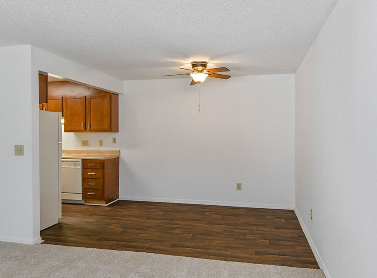 Green-Meadows-Apartements-Raleigh-NC-Dining-Area-1