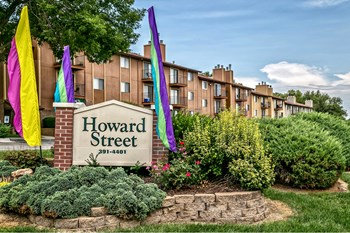 7520 Howard Street 2 Beds Apartment for Rent Photo Gallery 1