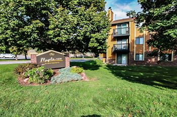 3625 N 104th Avenue 1-2 Beds Apartment for Rent Photo Gallery 1