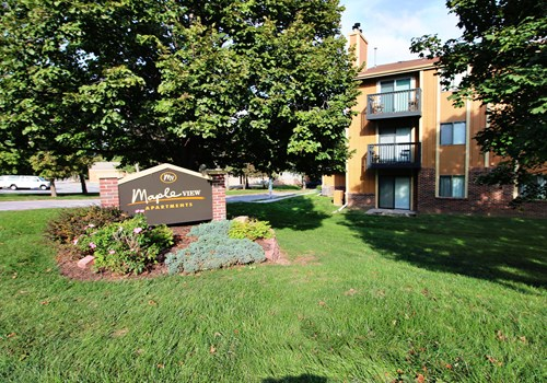 Maple View Apartments Community Thumbnail 1