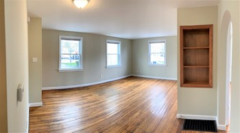 123 Mussey Street 1 Bed Apartment for Rent Photo Gallery 1