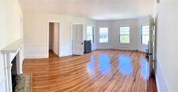 65 Pine Street Studio Apartment for Rent Photo Gallery 1