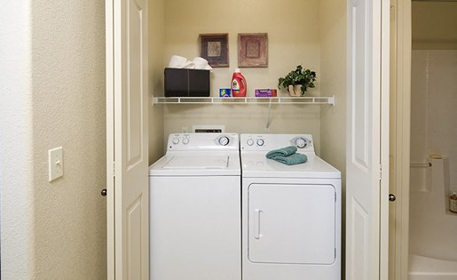 Apartments near Tolleson Arizona with Full Size Washer and Dryer