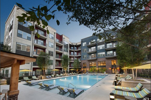 Beautiful R Pool At Apartments For Rent Near You