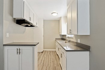 4018-4024 Gelber Place 1-2 Beds Apartment for Rent Photo Gallery 1