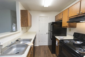 1207 Kelston Place 1-3 Beds Apartment for Rent Photo Gallery 1