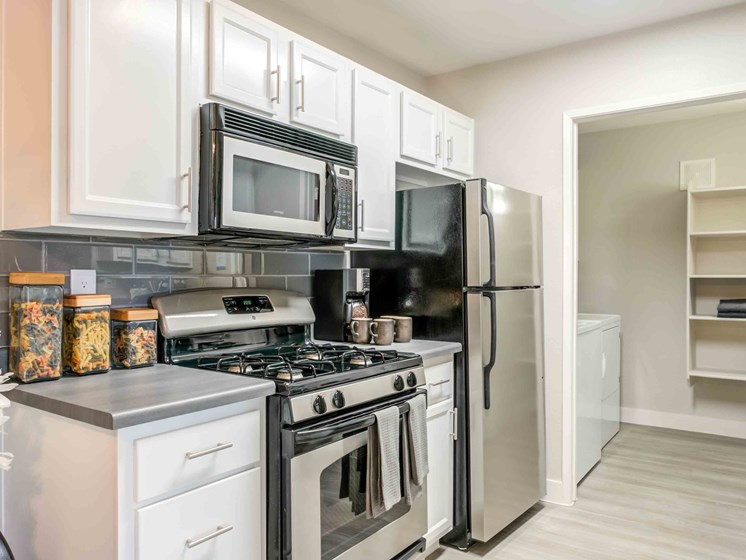 Las Vegas Nevada Apartments for Rent - Cimarron Apartments Modern Kitchen With Stainless Steel Appliances