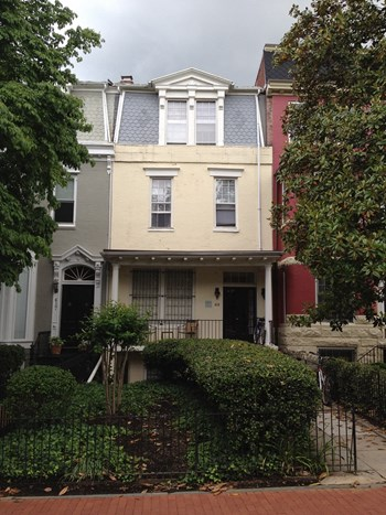 415 New Jersey Avenue SE 2-4 Beds Apartment for Rent Photo Gallery 1
