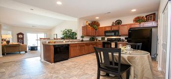 2753 Michaelsway Avenue 2 Beds Apartment for Rent Photo Gallery 1