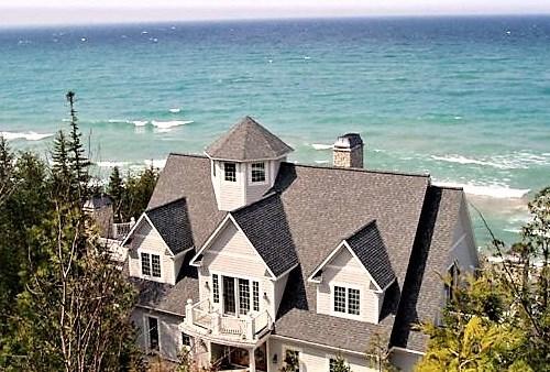 Vacation Rentals Community Thumbnail 1