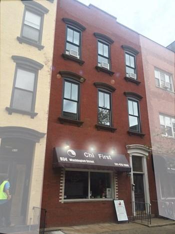 934 Washington Street Studio Apartment for Rent Photo Gallery 1