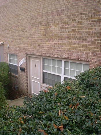 1940 Kennedy Drive 1 Bed House for Rent Photo Gallery 1