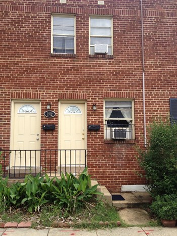 1912 E Street NE 1 Bed Apartment for Rent Photo Gallery 1