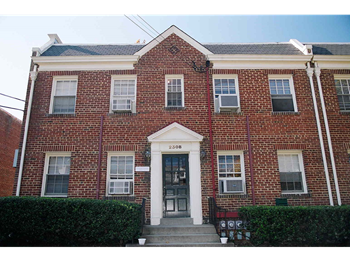 2308-2312 40th Street NW 2 Beds Apartment for Rent Photo Gallery 1