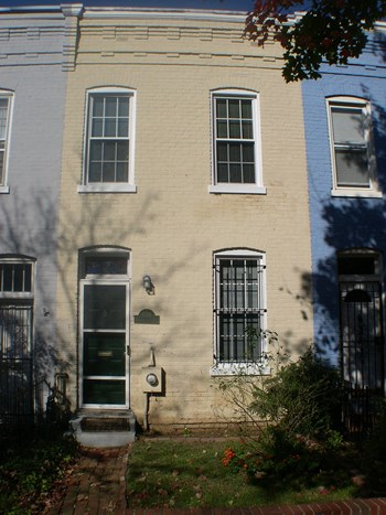 1350 Constitution Avenue NE 1 Bed House for Rent Photo Gallery 1