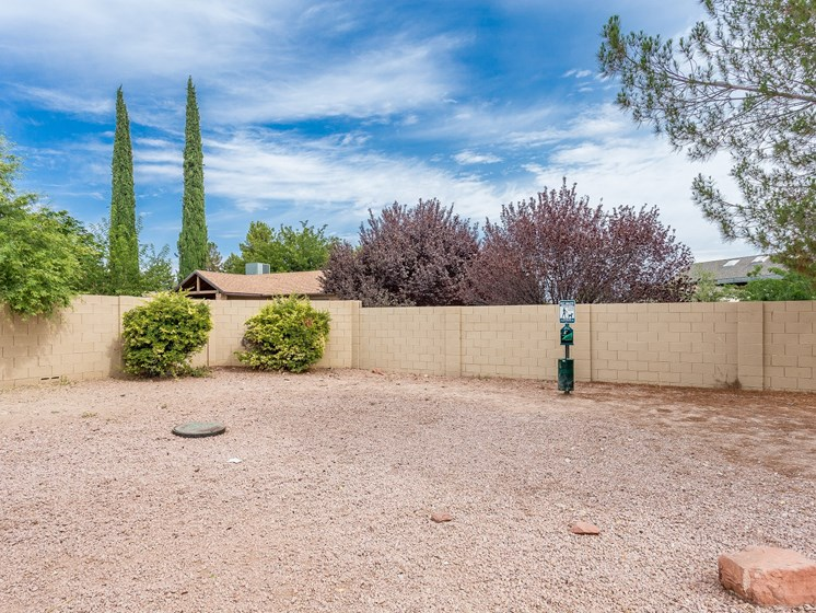 Cottonwood Arizona Dog Walk Area at Courtside Apartments