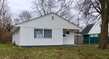 2356 Brentnell Ave 3 Beds House for Rent Photo Gallery 1