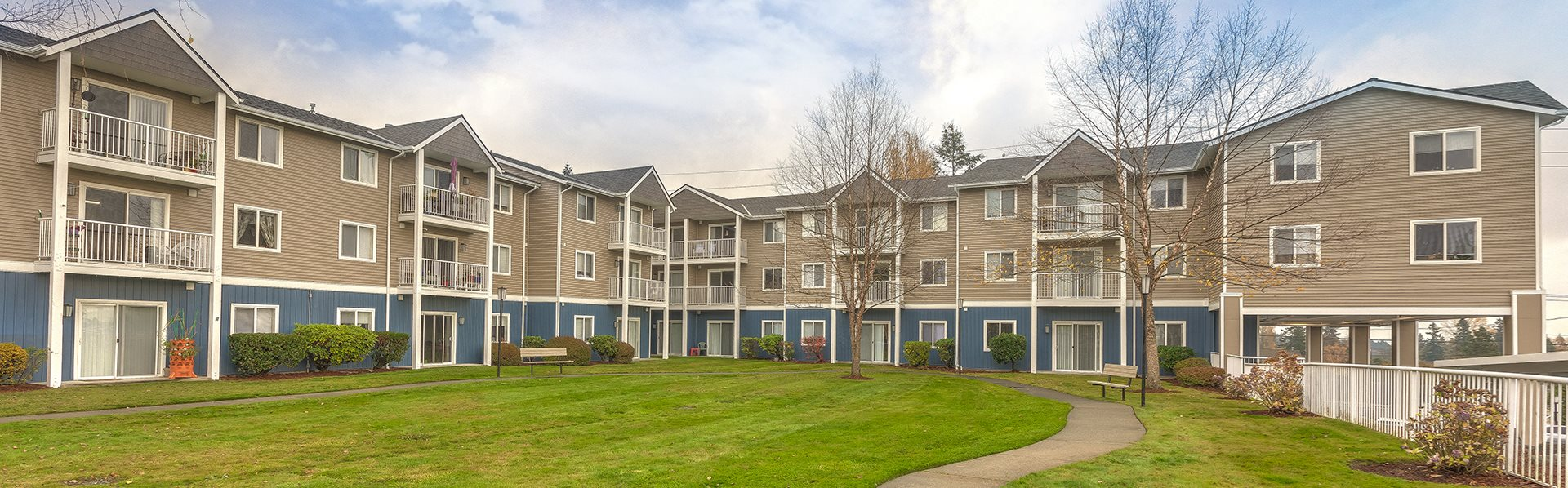 Building View Vintage at Bremerton Senior Apartments for rent l Bremeton, WA