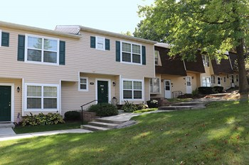 405 Greentree Drive 2-3 Beds Apartment for Rent Photo Gallery 1
