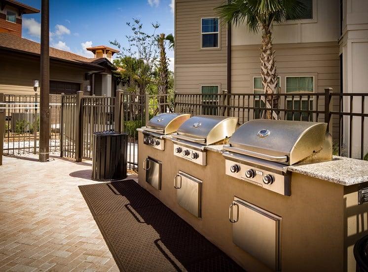 The Boulevard Apartments Largo Florida Outdoor Grills