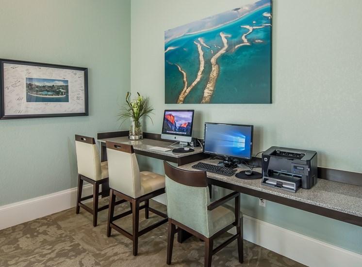 The Boulevard Apartments Largo Florida Business Center