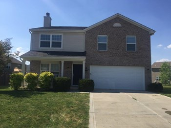 2270 Rosswood Blvd 4 Beds House for Rent Photo Gallery 1