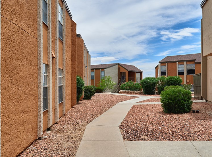Apartments for rent at10330 N Gateway Blvd El Paso TX Butterfield Trail