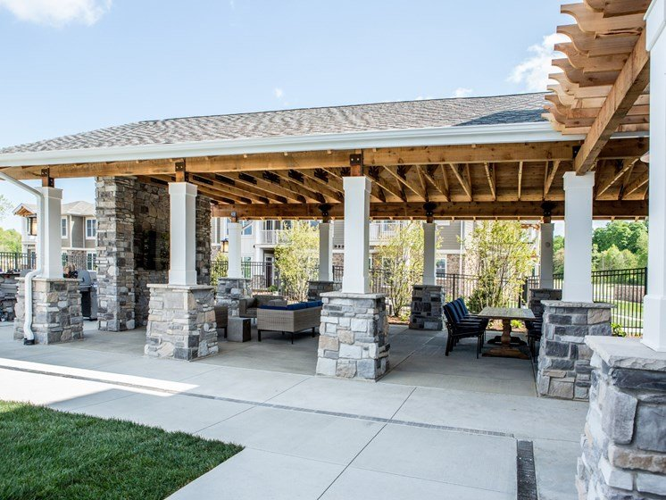BBQ and Picnic Area at The Lakes of Valparaiso Apartments in Valparaiso IN