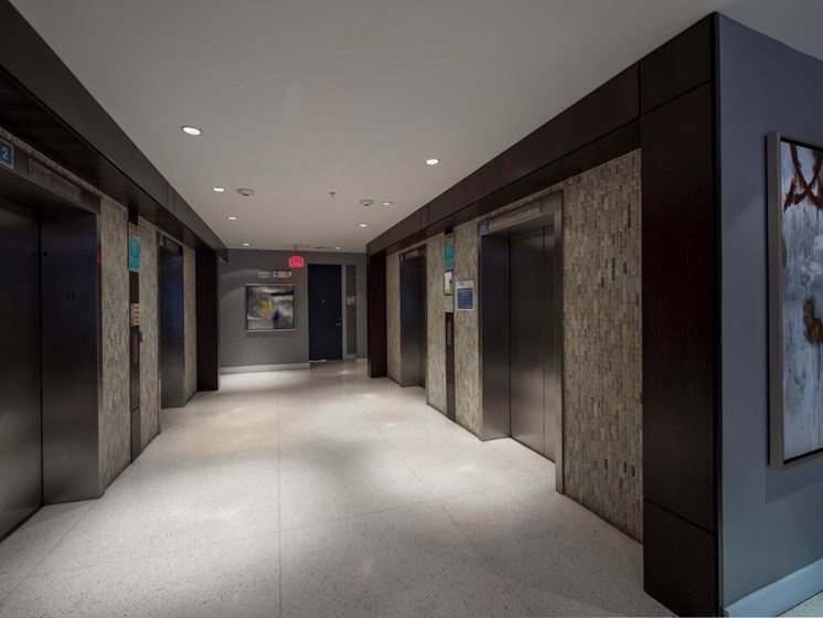 elevators apartments in upper kirby