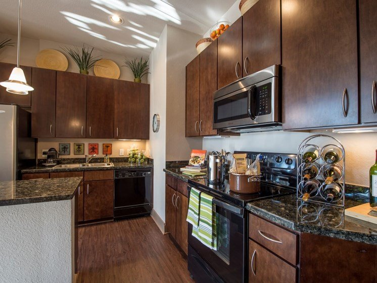 kitchen apartments in upper kirby