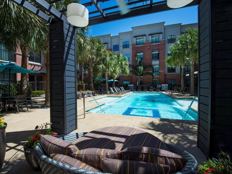 pool lounge apartments in upper kirby
