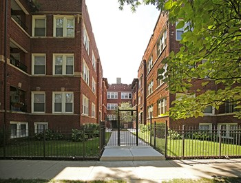 4718-24 N. Bernard St. 2 Beds Apartment for Rent Photo Gallery 1