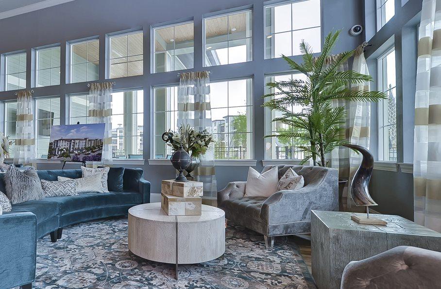 Luxury Apartments Largo, FL | Charleston on 66