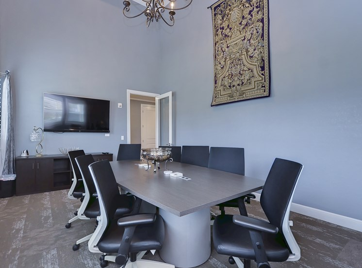 Charleston on 66th Apartments | Largo FL | Meeting Room