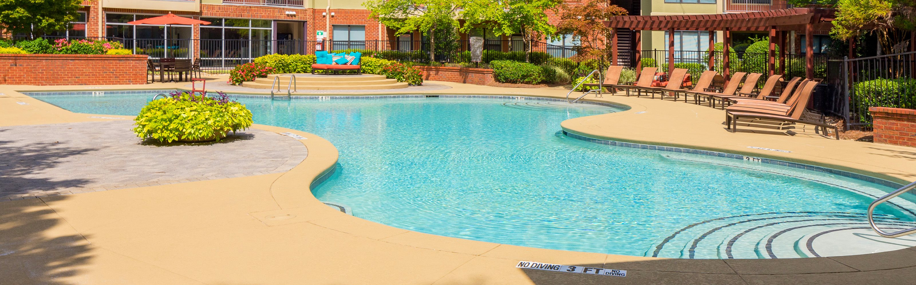 Perimeter Gardens at Georgetown - Pool with sundeck