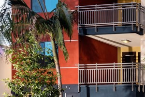 1081 Long Beach Blvd. Studio-2 Beds Apartment for Rent Photo Gallery 1