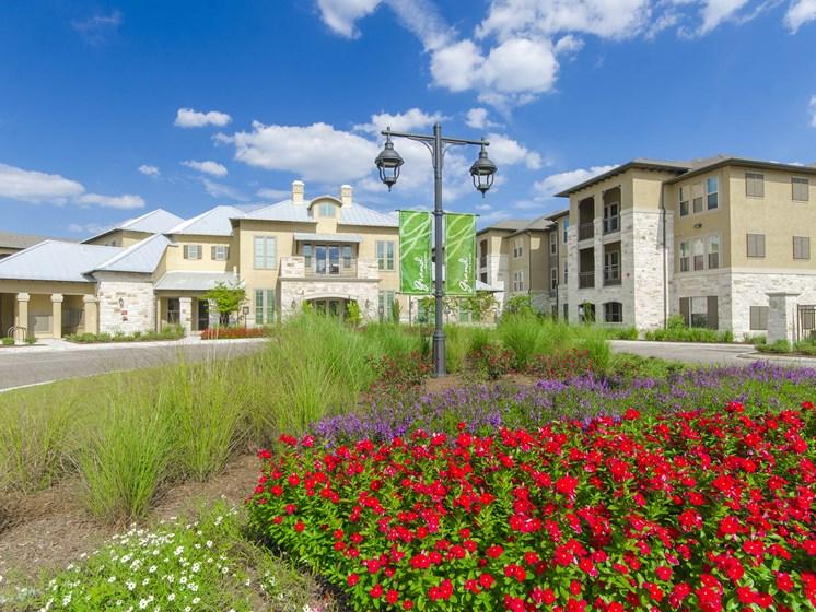 Grand at the Dominion Apartments in San Antonio, TX