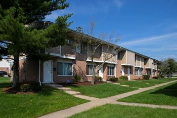 1215 Harwood Dr 1 Bed Apartment for Rent Photo Gallery 1