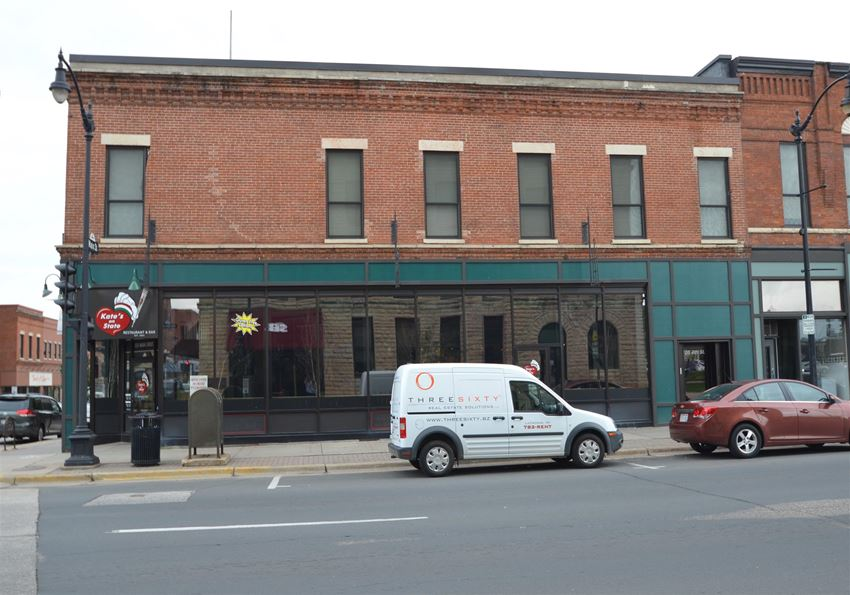 105 N 4th St | 1 BR | Apartment | Downtown La Crosse | Three Sixty Real Estate