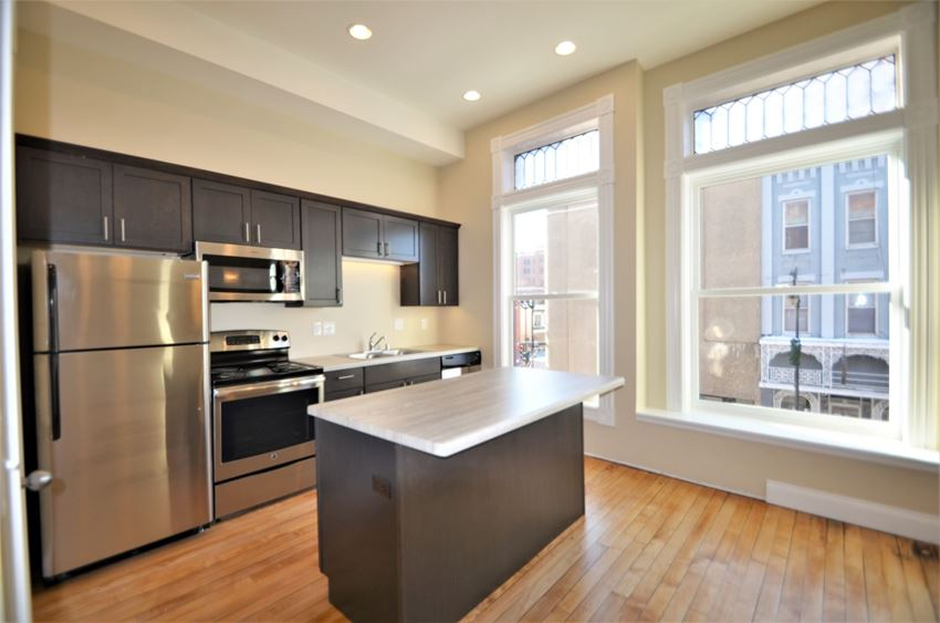 Apartment 201   1 BR   Kitchen   Stainless Steel Appliances    Three Sixty Real Estate