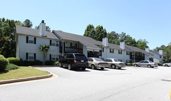 348 Tall Oaks Dr 1-3 Beds Apartment for Rent Photo Gallery 1