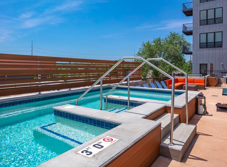 Hot Tub at Flux Apartments Des Moines IA