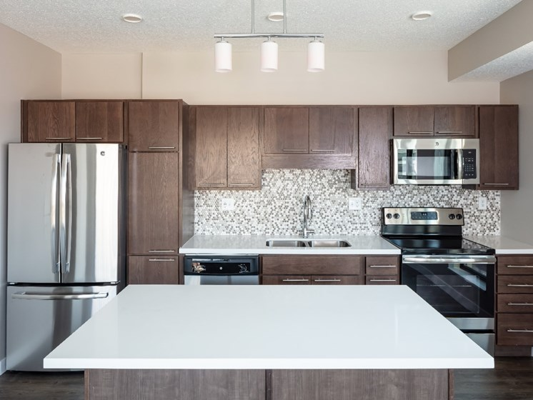 Quartz Countertops at Flux Apartments Des Moines IA