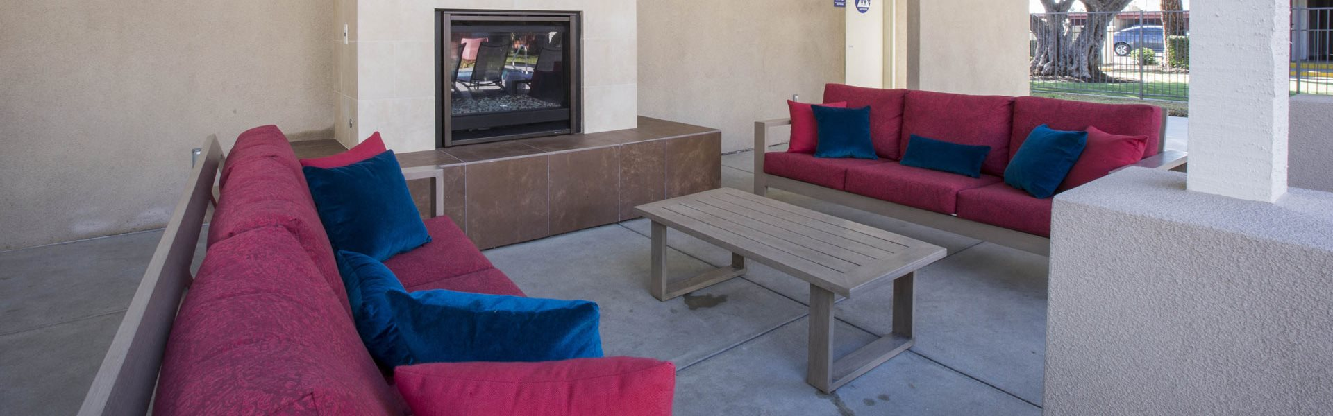 Poolside covered area with TV and fireplaceMinutes from Downey, CA l Corsica