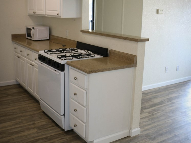 Oak Park | Turlock| Fully Upgraded Units Available